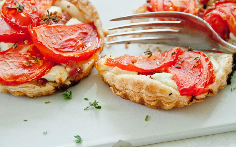 Aromawunder. Rezept für Tomaten-Ziegenkäse Tartes