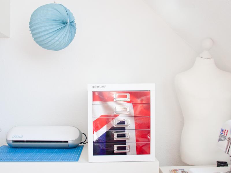 Der Silhuette-Portrait Hobbyplotter bereichert unser Atelier sehr!