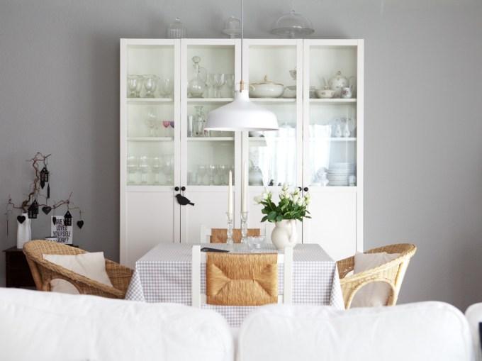 Living:  Lamp Room Gray No. 88 von Farrow and Ball - Wohnzimmer-Streichaktion