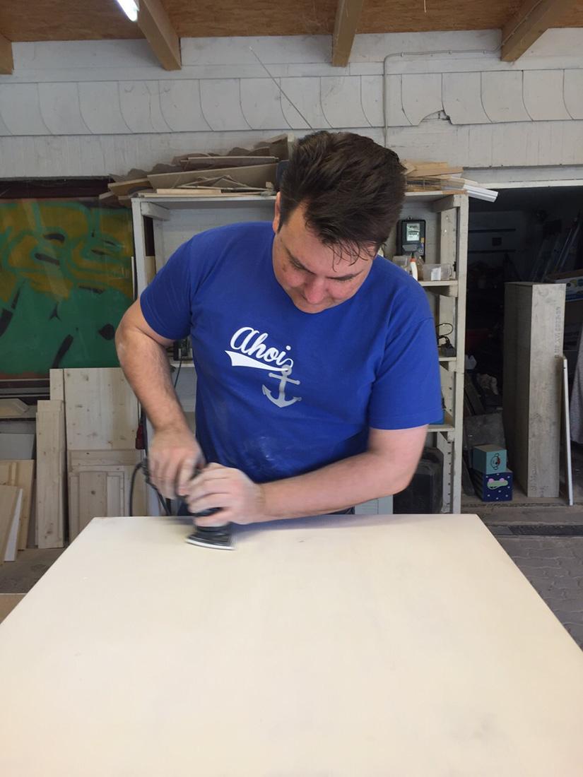 Aufmöbeln - ein Upcycling DIY- Workshop in der Stukenbrock Wohnwerkstatt