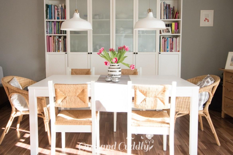 Unser neuer Esstisch - Bjursta von Ikea - Platz für 10 Personen