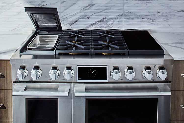 Signature Kitchen Suite Dual-Fuel Pro Range with Sous Vide