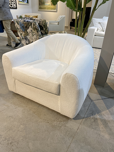 Custom chair and a half - trends 2021