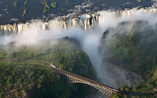 romantic places in Africa - Victoria falls