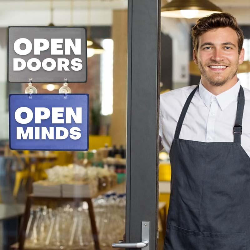 Open doors, Open minds