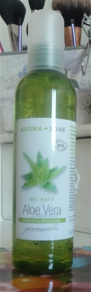 1 flacon de 250ml de gel d'aloe vera bio.