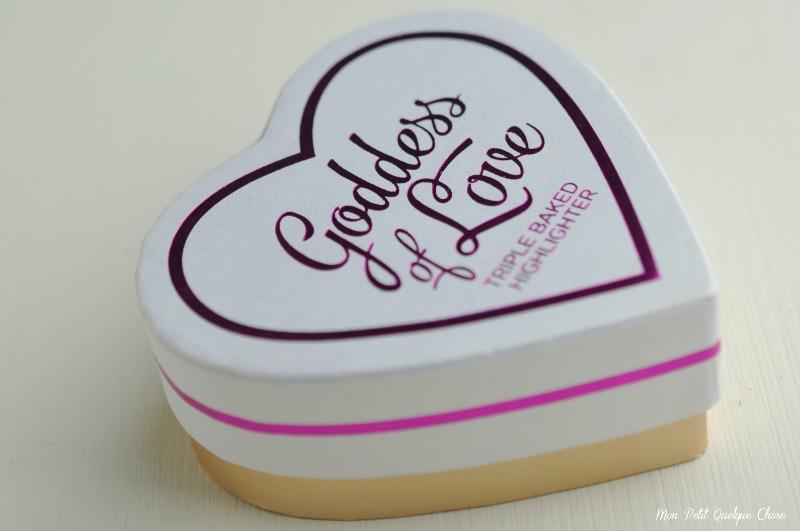 Goddess of Love de I Heart Makeup et The One Fluid Blusher de MakeUp Revolution - Mon Petit Quelque Chose