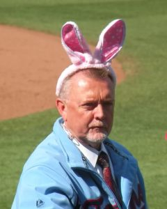 bert blyleven wearing bunny ears