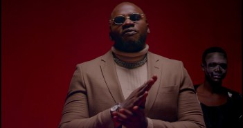 Khaligraph Jones ft Sarkodie - Wavy (Official Video)