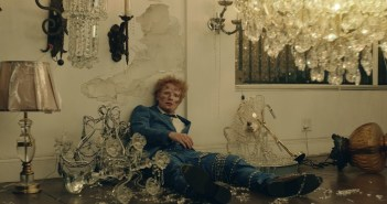 Ed Sheeran - Shivers (Official Video)