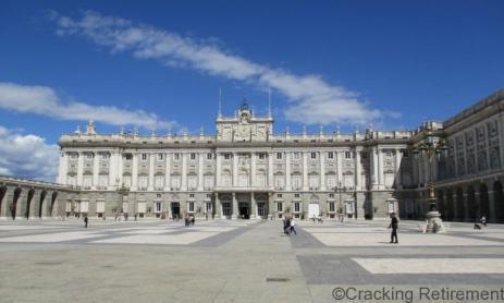 Cracking Retirement - Palacio Real Madrid