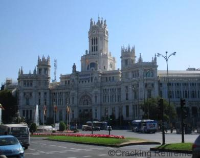 Cracking Retirement Palacio de Cibeles