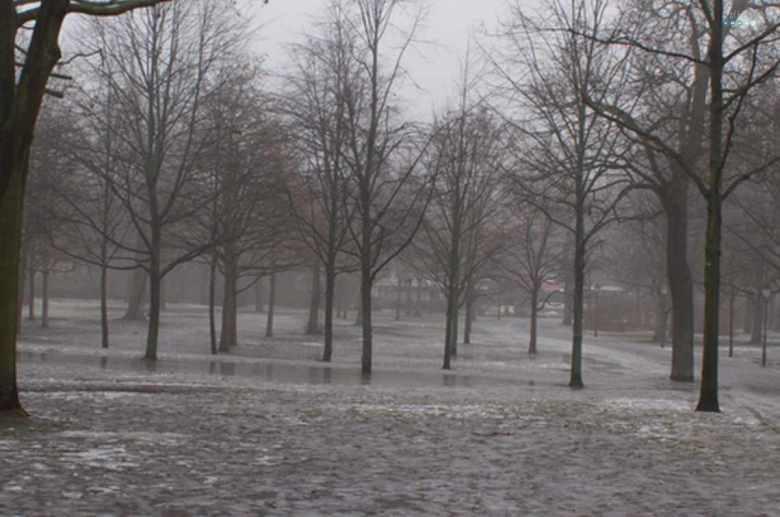 Volkspark Friedrichshain winter