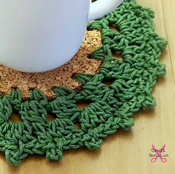 Holly Wreath Coaster Crochet Pattern | CraftCoalition.com