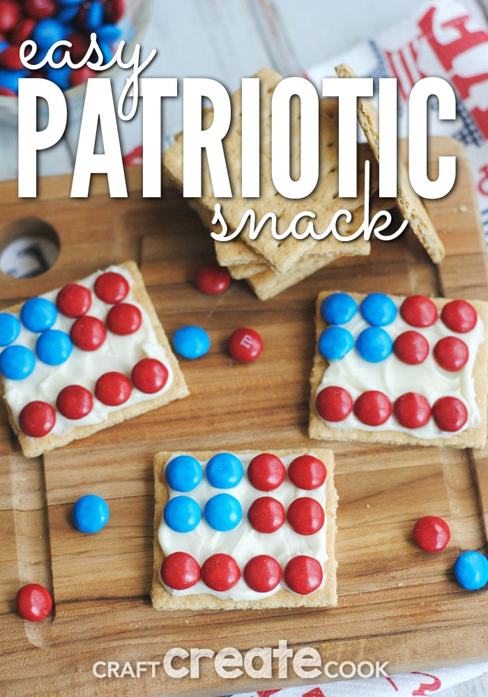 You're kids will love these easy and yummy Patriotic graham snacks!
