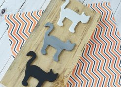 Made from an old pallet and simple wood cutouts, this DIY Halloween Decor will be perfect with your seasonal decorations.