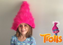 This easy no sew troll wig will only take you minutes to make and is perfect for your little troll!