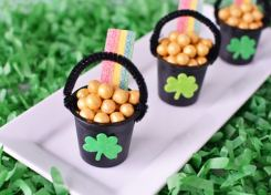 St. Patrick's Day Pot of Gold treat cups are perfect for classroom snacks or a fun surprise for family and friends.