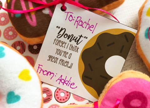 If you're a donut lover like me, you'll love these Donut Valentines with Free Printable Valentine Cards.