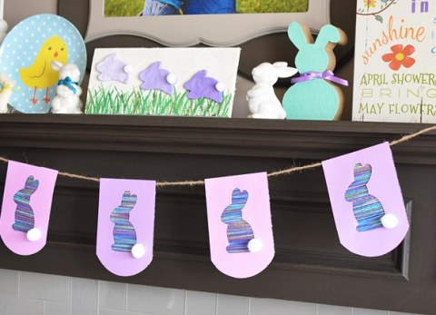 This easy to make Easter bunny bunting can be made with any color yarn to create holiday decor to match your home.
