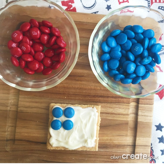Your kids will love this easy and yummy Patriotic snack!