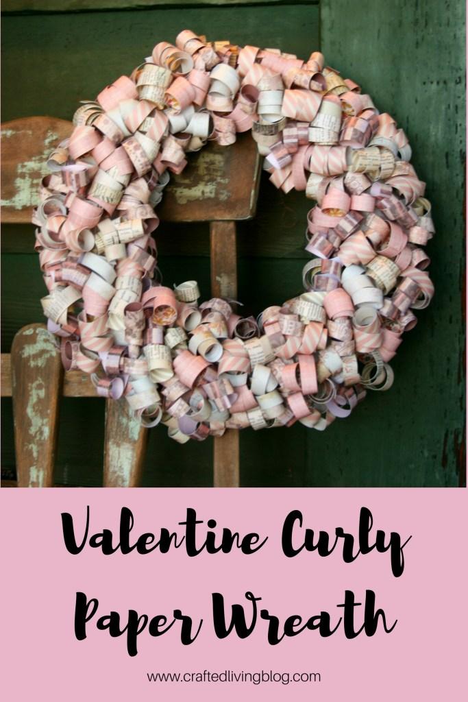 Valentine Curly Paper Wreath #valentinewreath #valentinedecor #valentinesday