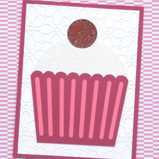Day 27 of 31 Days of Handmade Cards #greetingcards #cupcake #handmadecards #diecut