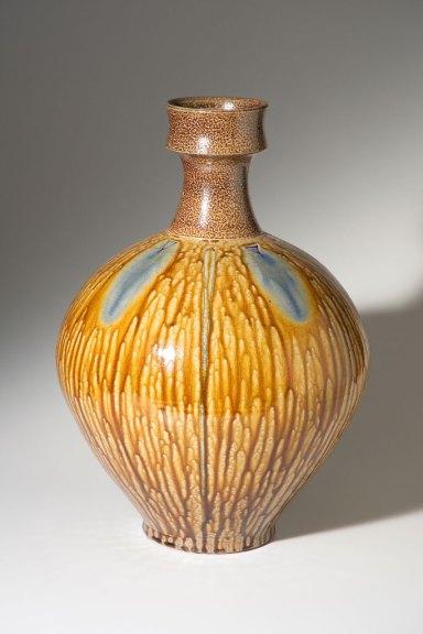 Mark Hewitt, Vase, 2002. Jason Dowdle photograph