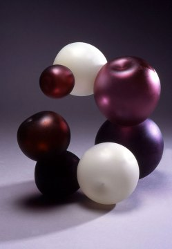 Donna Ropp, Pomegranate Bubble Grouping, 2004. Blown glass