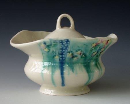 Meg Oliver, Sugar Bowl, 2007. Porcelain