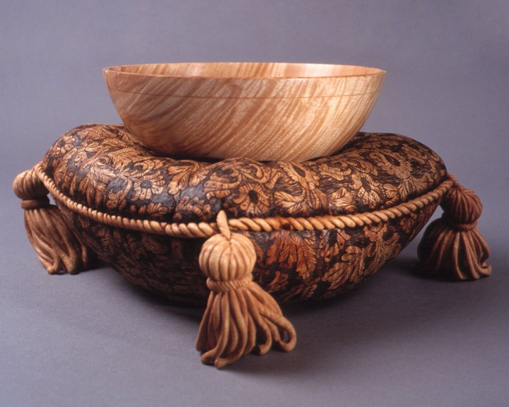 Michelle Holzapfel, Cushioned Bowl II, 1998. David Holzapfel photograph