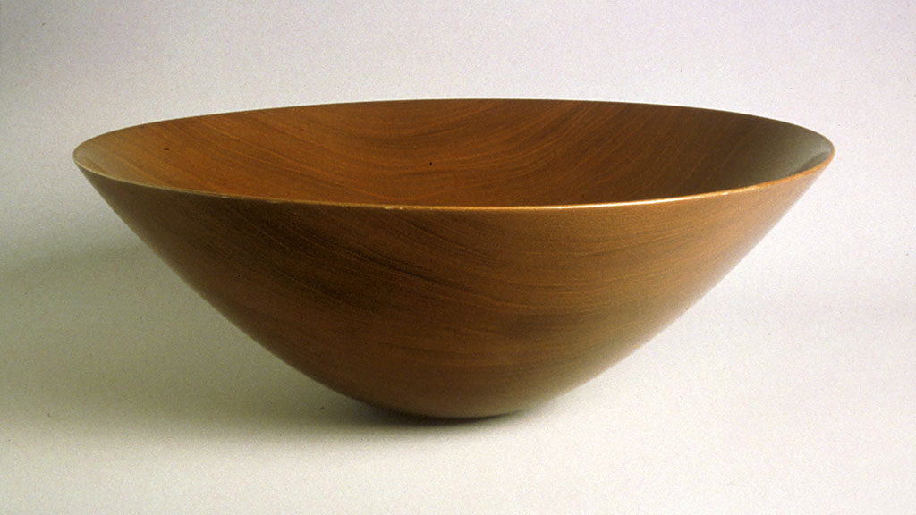 James Prestini, Wood bowl, Courtesy of the Wood Turning Center Resource Library, Wood Turning Center, PA
