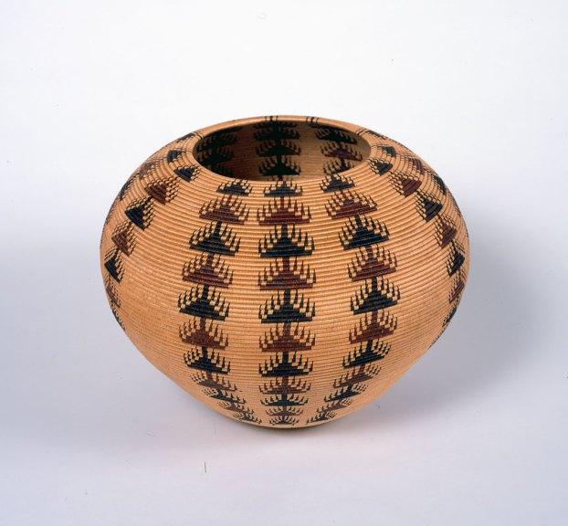 Louisa Keyser, Degikup Basket, 1918