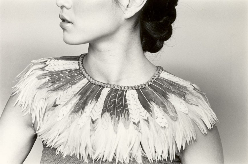 K. Lee Manuel, Feather Collar, 1994. Orah Moore photograph