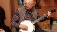 Tony Ellis playing a Stelling banjo. Mark Markley photograph