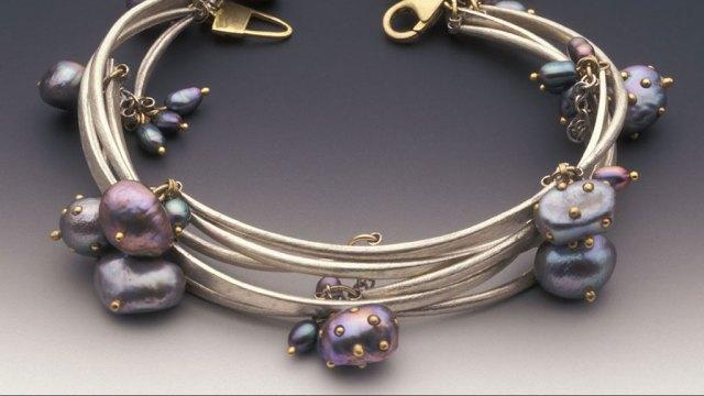 Susan Chin, Forged Links bracelet