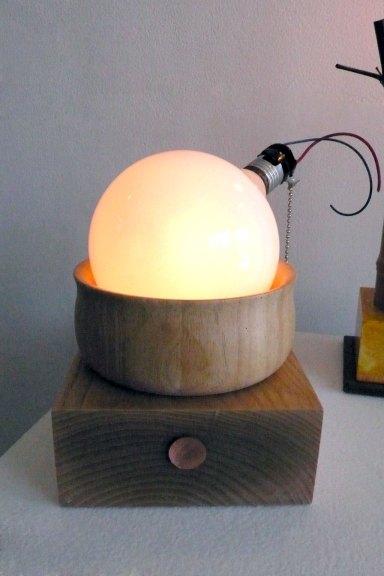 Garry Knox Bennet, Magic Bulb Light, 2015