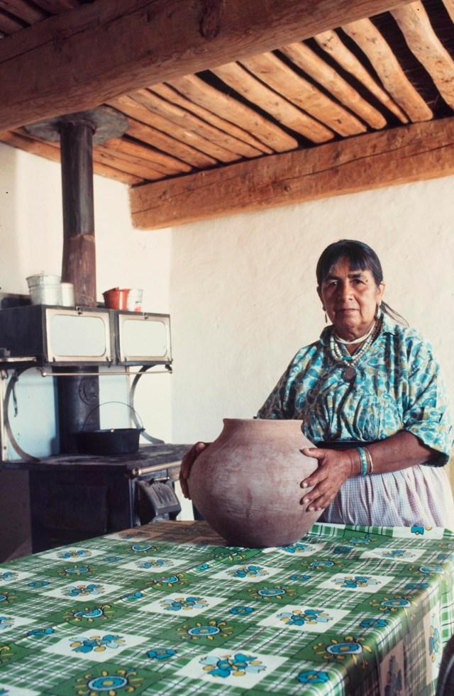 Islands in the Land Exhibition, The Rio Grande, Cochiti, Juanita Arquero, Craft in America