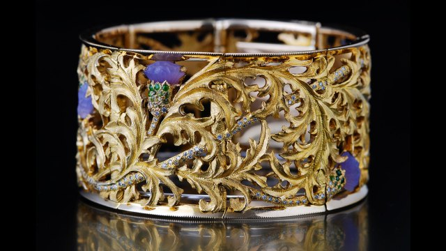 Tom Herman, Thistle Bracelet. Courtesy of the artist. JEWELRY episode of Craft in America