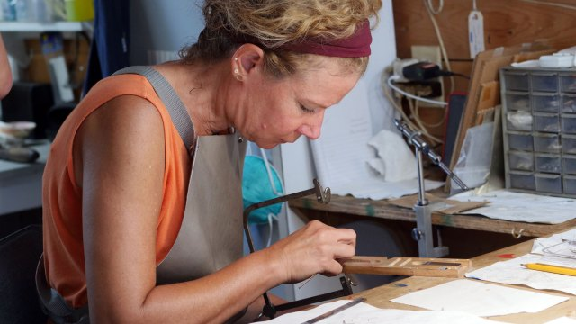 Gabrielle Gould. Denise Kang photo. JEWELRY episode of Craft in America