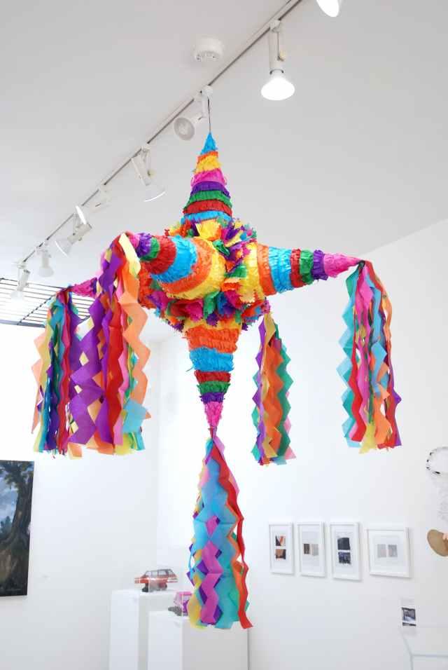 Craft in America, Piñatas
