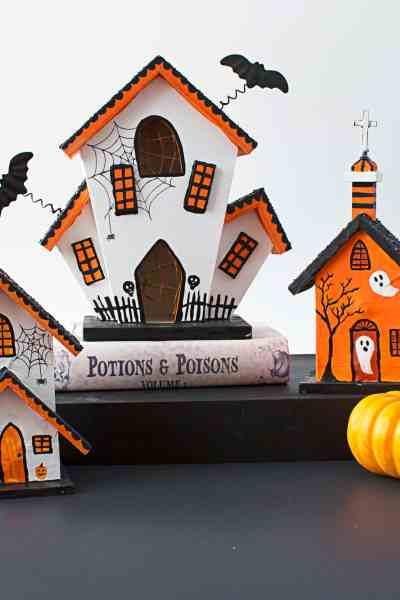 DIY Halloween Haunted Houses