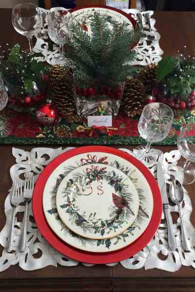 A Classic Christmas Table