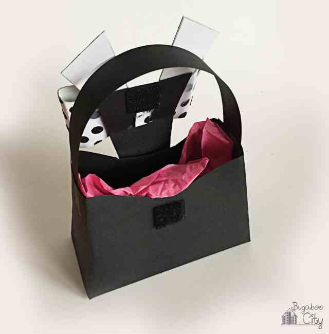 Bachelorette Party Favor: Paper Purse