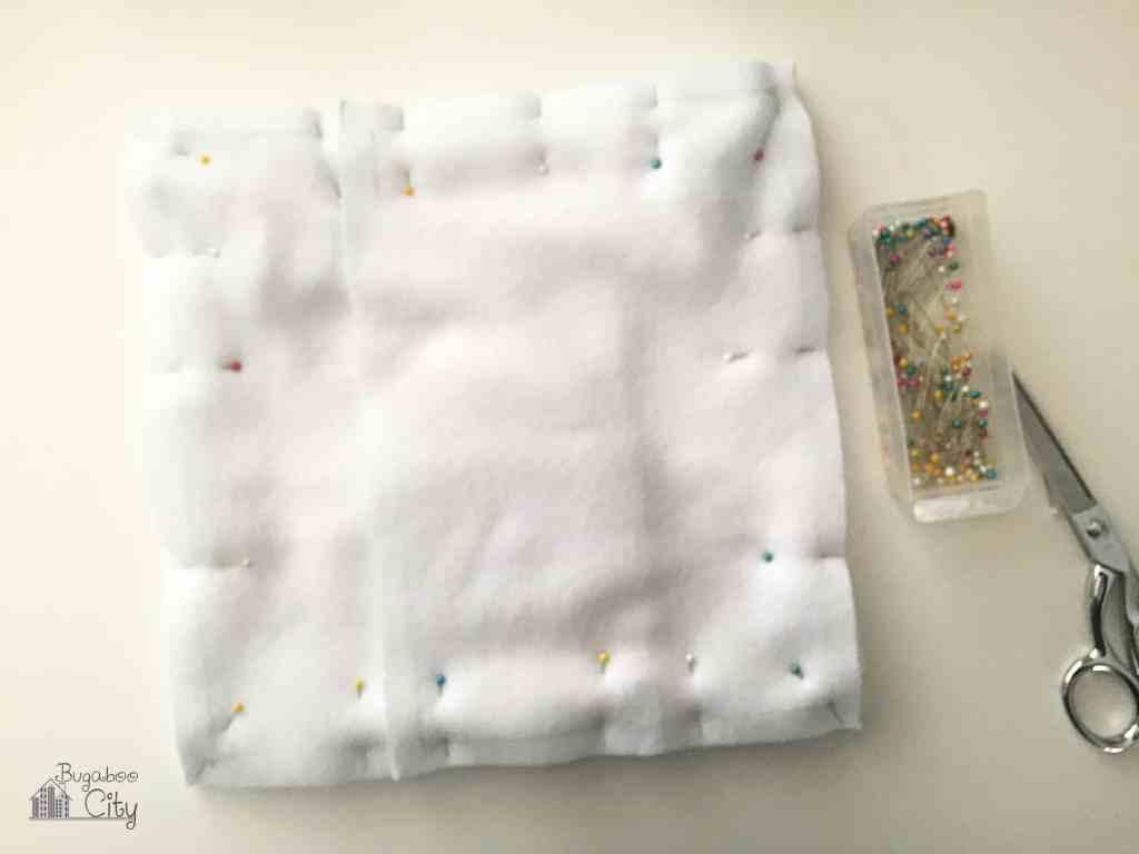 DIY Polar Bear Holiday Pillow 8