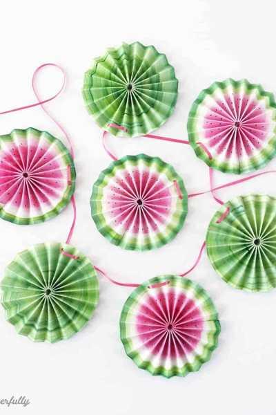 DIY Watermelon Medallion Banner