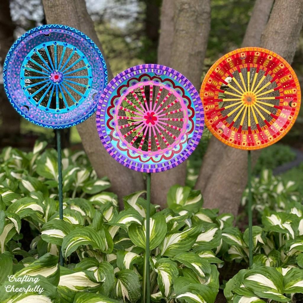 DIY Garden Art From a Paper Plate Holder