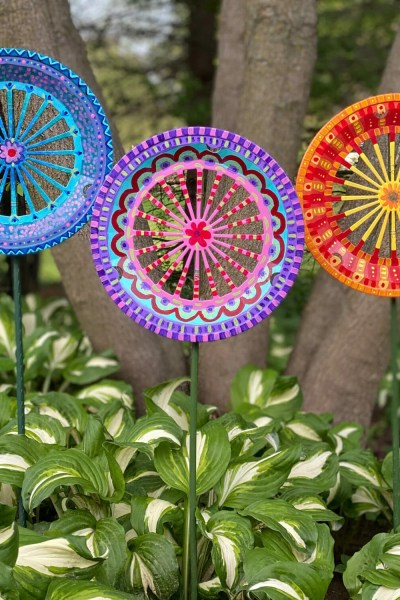 DIY Garden Art from a Paper Plate Holder