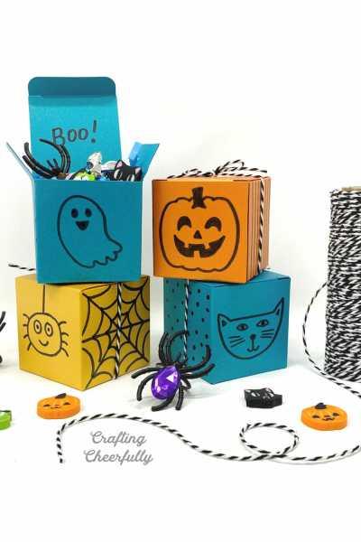 Halloween DIY Treat Boxes