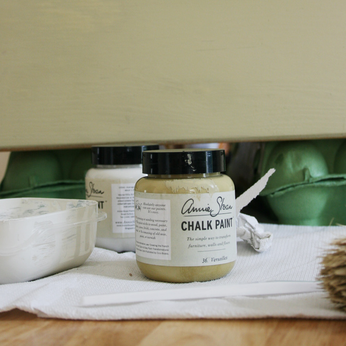 A beginner's experience with Annie Sloan Chalk PaintChalk Paint® | Crafting Fingers
